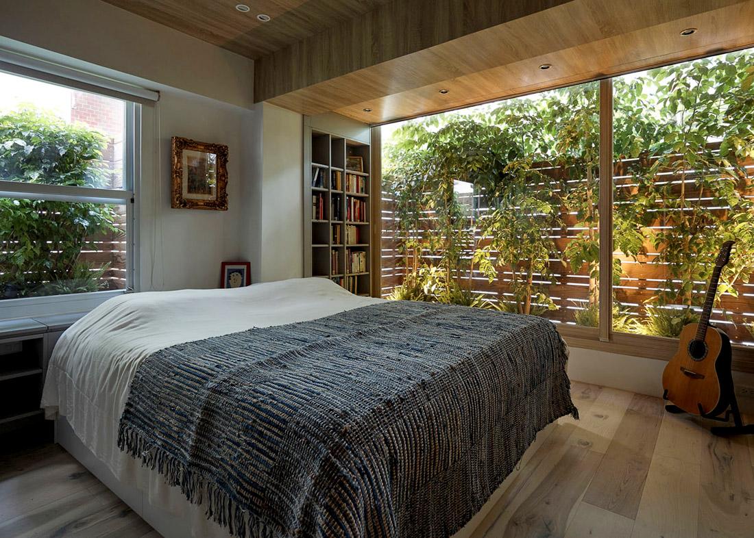 Спальня с панорамными окнами, фото