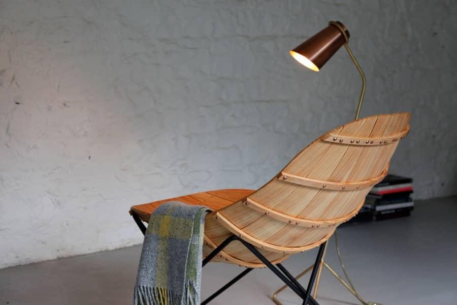 Carvel — кресло-шезлонг в фоме лодки от Эндрю Кленси, фото