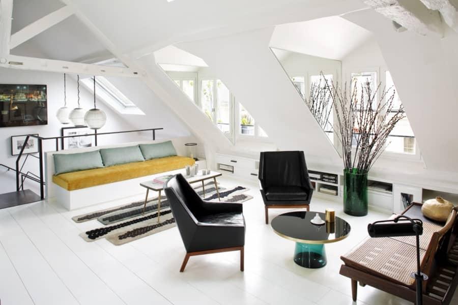 Двухуровневая квартира в центре Парижа, фото