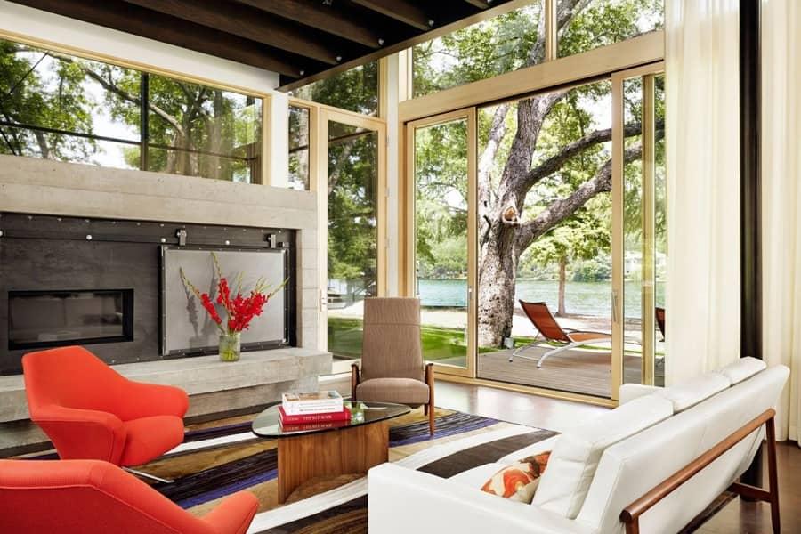Интерьер частного дома на берегу озера в Техасе, фото