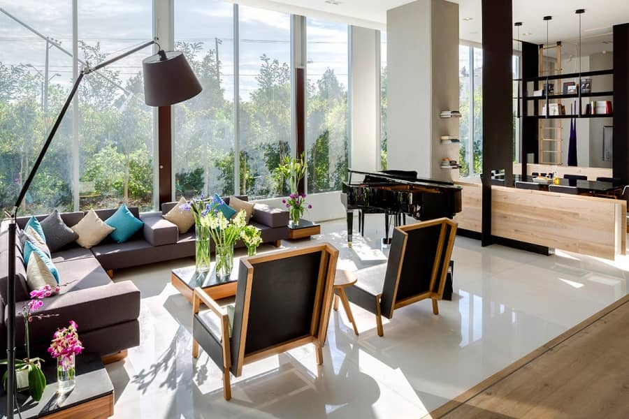 Как разделить комнату с помощью стеллажей: пример квартиры в Мехико, фото