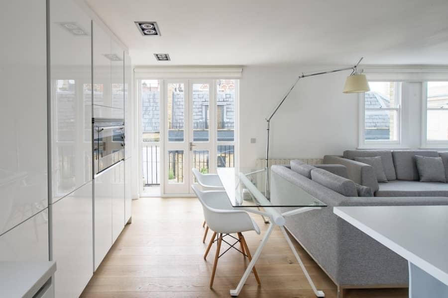 Квартира в Фулхеме: просторный опенспейс от Dom Arquitectura, фото